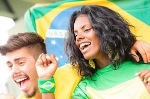 brasilianska supportrar på stadion foto
