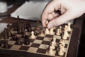 flytta schackspelare foto