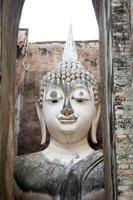 forntida buddha ansikte, sukhothai, Thailand foto