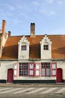 historiskt hus i Brugge, Belgien foto