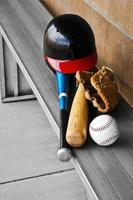 baseball metallbänk dugout redskap foto