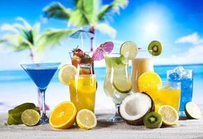 exotiska alkoholdrycker foto