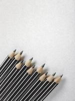 pennor på papper foto