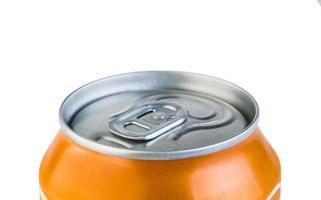 aluminiumburk med dryck foto