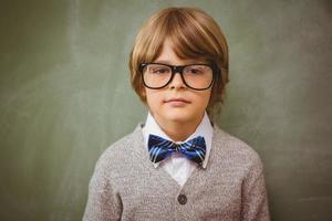 porträtt av söt liten pojke foto