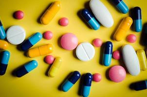 tabletter och piller foto