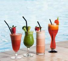diverse cocktaildrycker foto