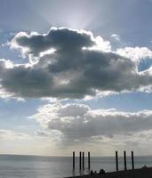 bakgrundsbelysta moln foto