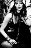 porträtt av kvinna i retro kläder foto