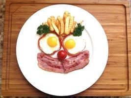 glad frukost foto