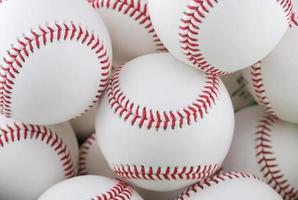 samling av flera basebollar foto