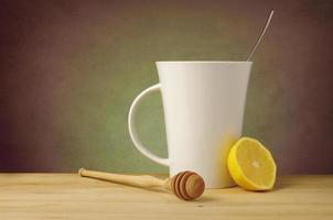 te med citron, honung och kopieringsutrymme