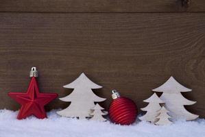röd, vit juldekoration, träd, boll, kopieringsutrymme
