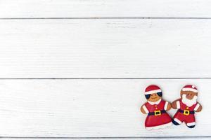 julbakgrund med pepparkakamannen och kopieringsutrymme foto