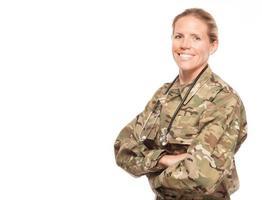 kvinnlig armé läkare i uniform med kopia utrymme. foto