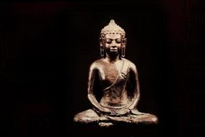 gammal grunge buddha foto