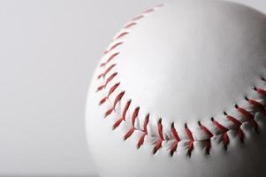 baseboll på vit foto