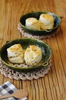 närbild japanska scones foto