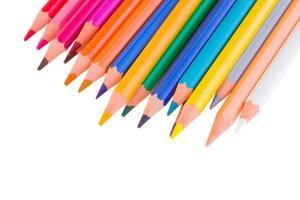 färgglada pennor på nära håll foto