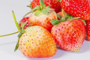 närbild färsk jordgubbe foto