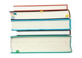 bunt böcker isolerad på vitt foto
