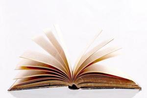 öppen bok foto