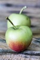 mogna äpplen foto