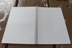 vitbok av anteckningsboken foto