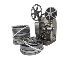 vintage filmfilmsrullar och projektor isolerade foto