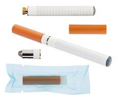 elektronisk cigarett med delar isolerad på en vit foto