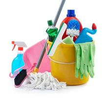 grupp rengöringsprodukter foto