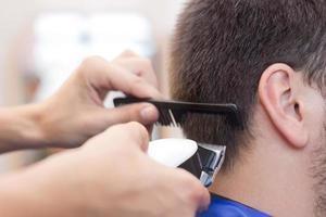 hårklippning foto
