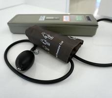 medicinsk sfygmomanometer foto