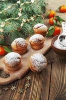 muffins med sockerpulver