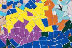 keramiska glas färgglada plattor mosaik sammansättning mönster foto