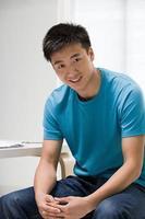 ung kinesisk man