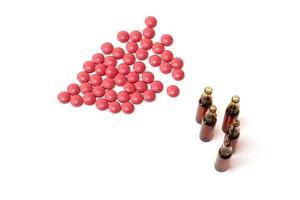 piller och ampuller foto