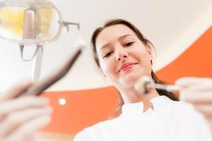 tandläkare på kontoret foto