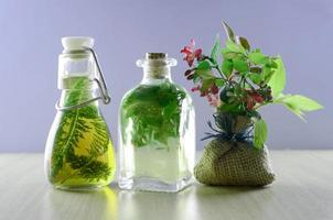 växtbaserade tinkturläkemedel foto