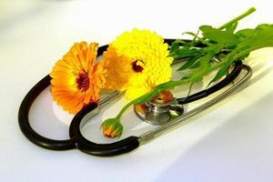 medicin med omsorg. foto