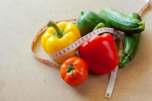 frukt, grönsaker, viktminskning och hälsovård. foto
