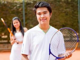 manlig tennisspelare foto