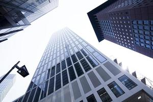 företagens byggnader i perspektiv foto
