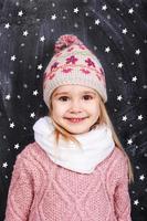porträtt av en liten flicka foto