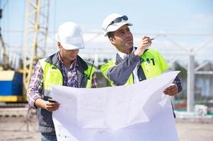 ingenjörer på byggplatsen foto