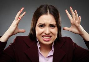 arg stressad affärskvinna foto