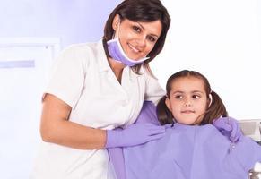 tandläkare och patient foto