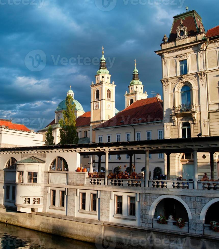 centrale markt van ljubljana foto