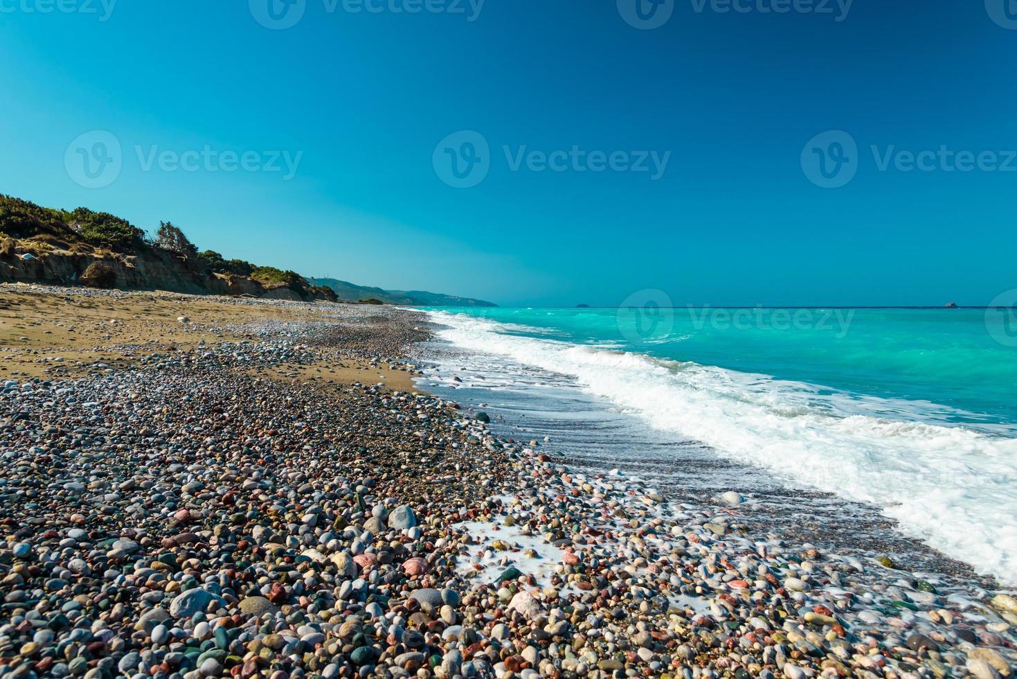 verlaten strand zee foto