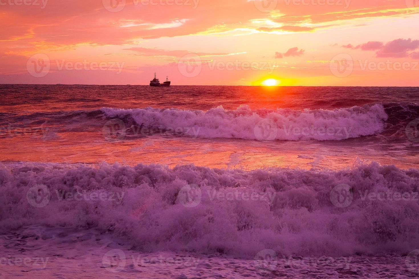 storm op zee foto
